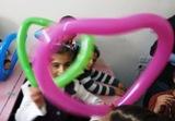 Cuori di tutti i colori uniscono i bambini del Mondo nel desiderio di Pace, Giustizia e Diritti per tutti/e! (Scuola di Huraitan - Aleppo, Siria)
